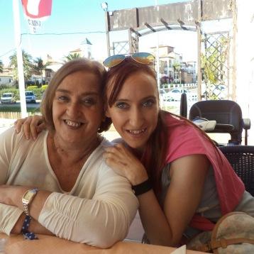 CONCHI Y ELVIRA